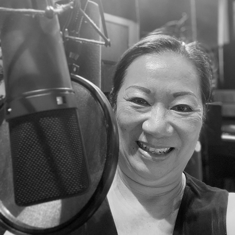 Claire at mic at Pacific Music Productions 2020-10-02-edit